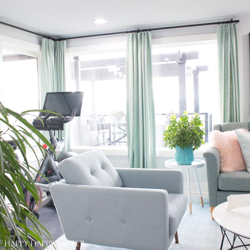 HGTV Dream Home Tour. Gorgeous Living room designed by Brian Patrick Flynn