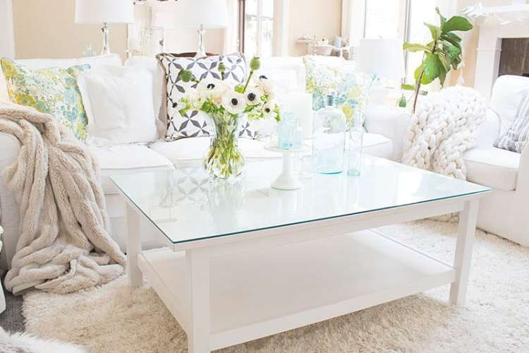 eBay decor and shopping is a convenient way to buy your home decor. I have bought quite a few items from eBay, and I've been super happy with their service and the items. If you are on a budget and want name brands, you must check out their inventory.