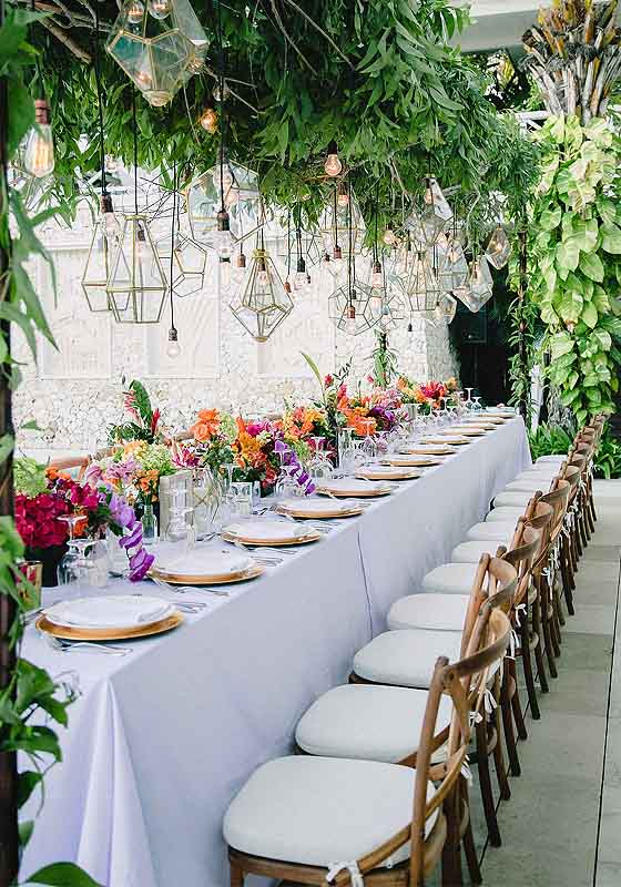 Tropical wedding table ideas