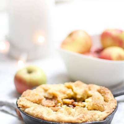 My Favorite Mini Apple Tart with Custard Recipe