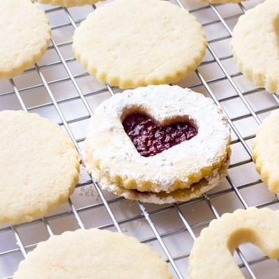 Raspberry Filled Valentine's Heart Cookie Recipe