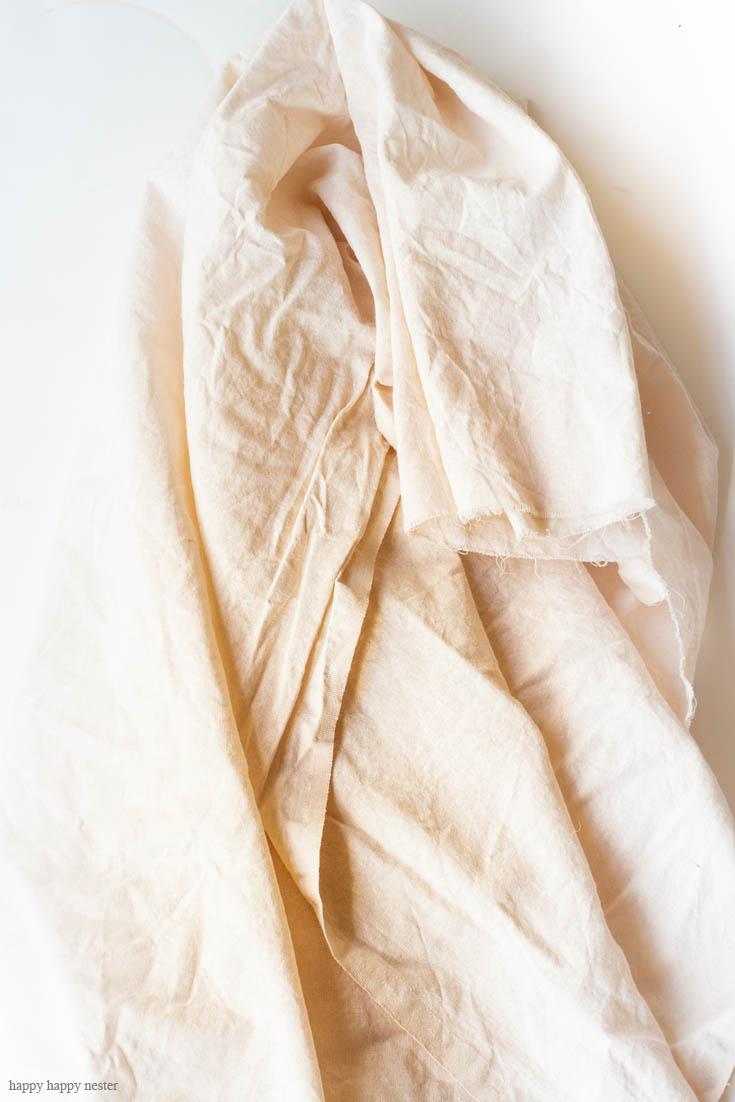 Check out this tutorial! Dyeing Fabric with Avocados Skins and Pits create a beautiful natural dye that comes out pink. It is an easy dying process. The colors range from a pale pink to copper. First, soak the material in a mordant and then soak it in the avocado mixture for an hour or days or weeks. Natural Dye | Avocado Dye | Dyeing Fabric