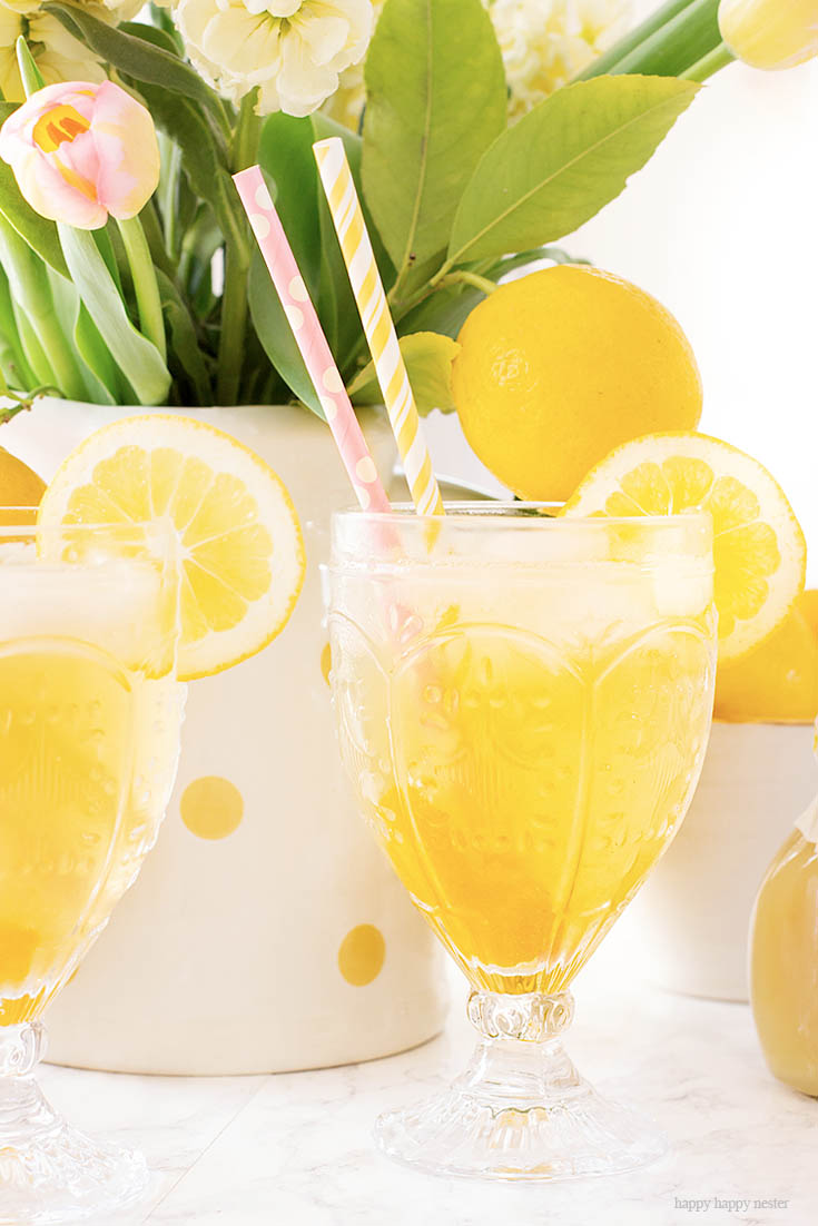 Meyer Lemons Make the Best Sparkling Tea! This is a yummy Carbonated Lemon Iced Tea Recipe that is a refreshing sparkling tea. Since I have a ton of Meyer lemons that is what I used, but you can use lemons for this recipe. This is a sweet tea with bubbly carbonation. #icetearecipe #icetea #sparklingdrinks #drinkrecipes #lemonrecipes #meyerlemons #sparklingteas