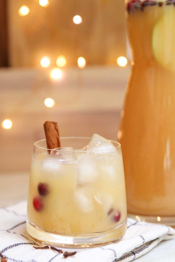 Spiced Spicy Pear Drink. Here are 10 Non-Alcohol Summer Drinks that you'll love. Need some recipes this summer, well, we have you covered if you need slushies, teas, fruit drinks and more. These bloggers have tested them, and these are their favorites. #drinks #summerdrinks #cocktail #drinkrecipes #recipes #happyhour #weddings #weddingdrinks
