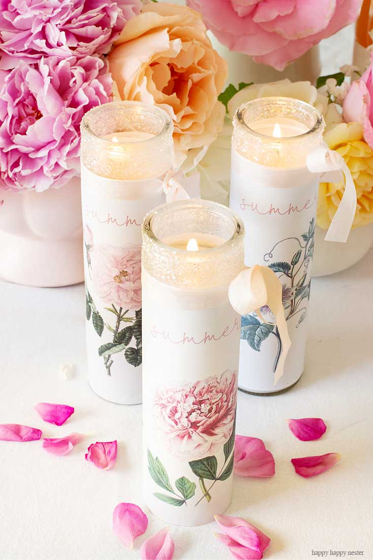 Need a Fun Candle Project? Make Your Own Personalized Candles with a supplies and a couple of minutes. This easy candle craft makes the prettiest summer candles! #crafts #candles #diy
