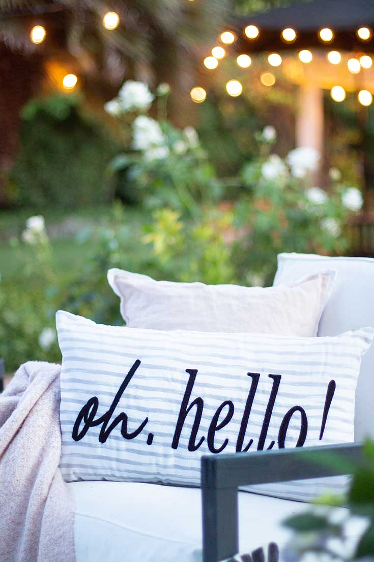 Try these 9 easy steps to create a wonderful summer patio. In this blog post Learn How to Create a Cozy Outdoor Living Space. This DIY to summer decorating is essential. #summerdecor #outdoorlivingspaces #entertaining