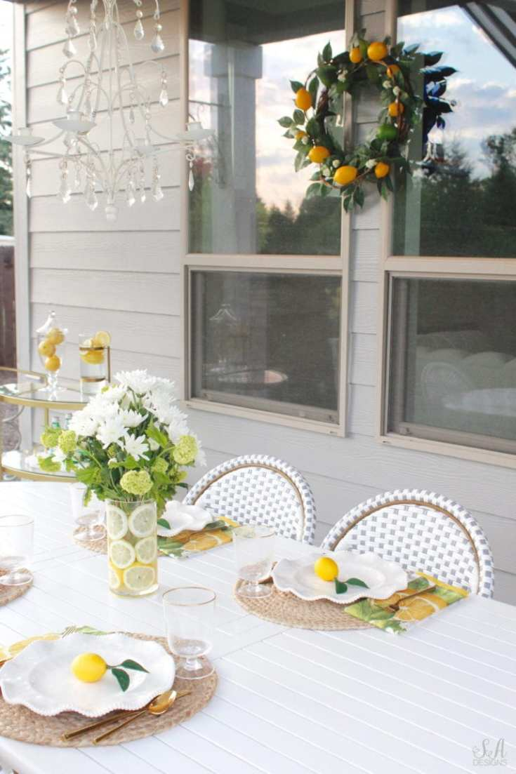 Summer tables and more are featured in this summer roundup of outdoor ideas.