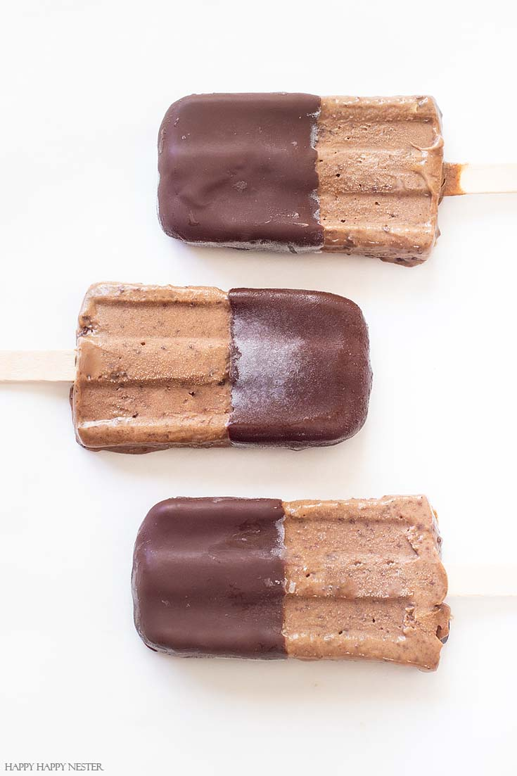 Need a yummy homemade chocolate popsicle? Look no further, and this is a dairy-free recipe that is super simple to create! #recipes #popsiclerecipe #popsicles #chocolatepopsicle #veganrecipes #desserts