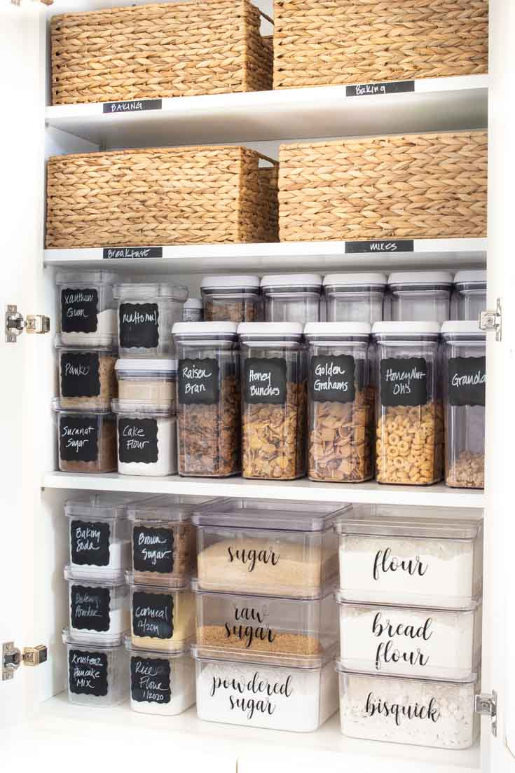 Clear your kitchen spaces before attempting your kitchen organization project. Using these tips will help you successfully get your kitchen organization in order. #organizing
