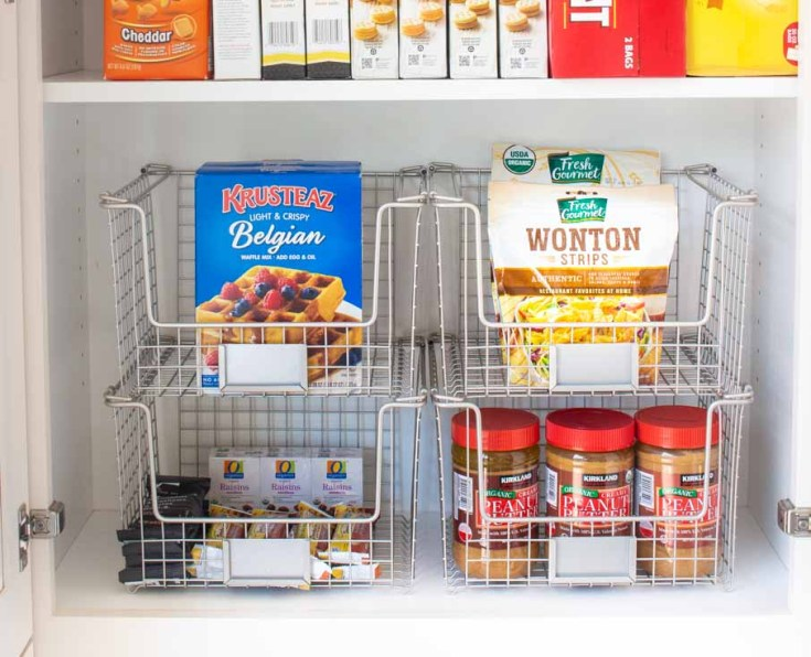 9 Tips For Kitchen Organization made easy. Follow these tried and true steps, your kitchen will be thoroughly organized. A well-organized kitchen is great.