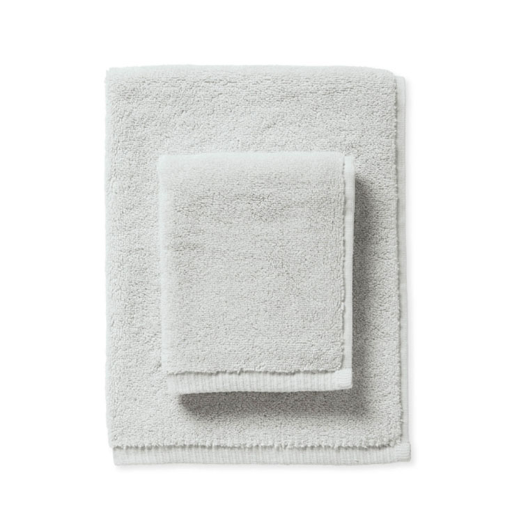 Love these Turkish Cotton Towels! Serena & Lily has the most luxurious bath towels.
