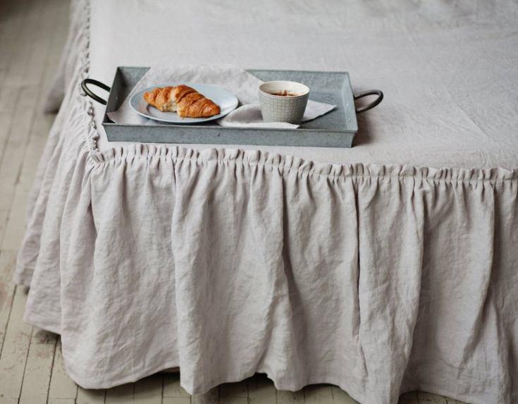 gorgeous ruffled bed skirt