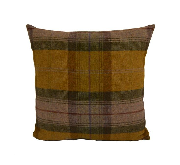 gorgeous wool plaid pillow for fall
