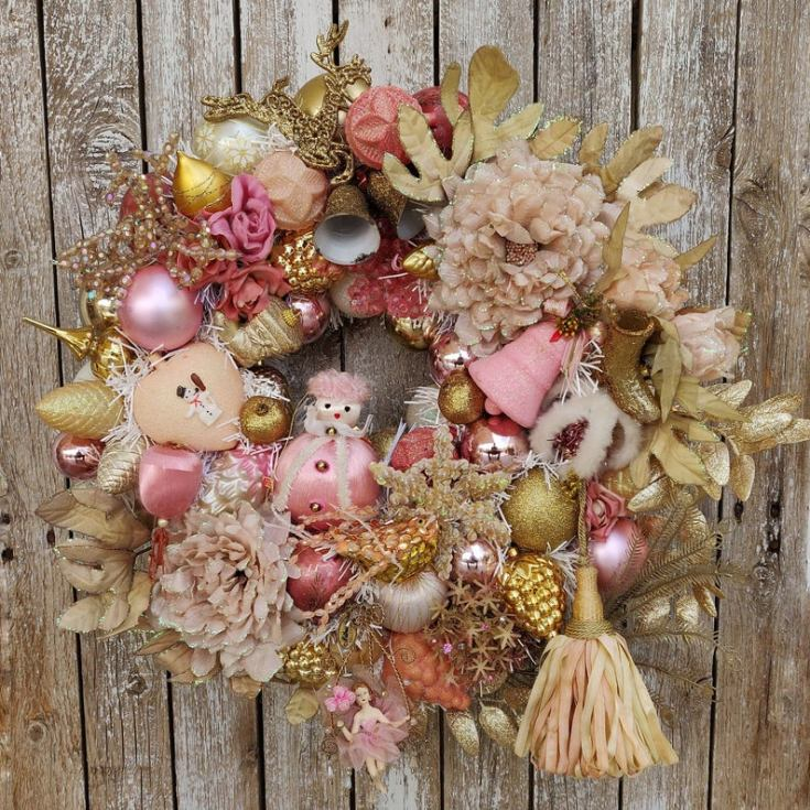 vintage holiday wreath