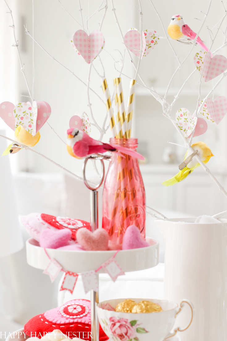 cute decorations for a tiered tray