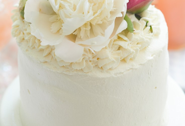 how to place peonies on a cake