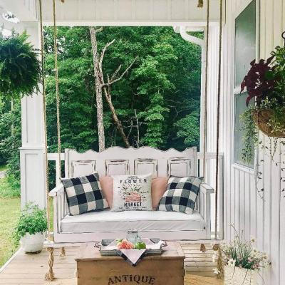 Summer Recipes and Outdoor Decor