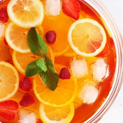 Refreshing Cocktails and Summer Drinks