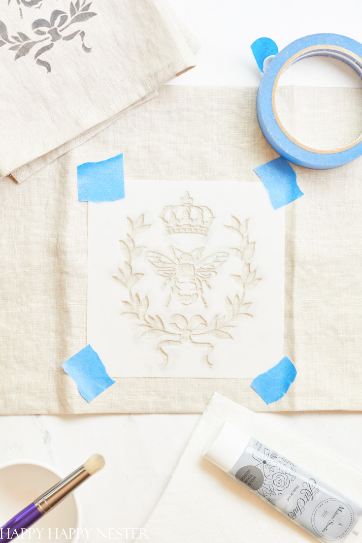 how to paint on fabric with stencils
