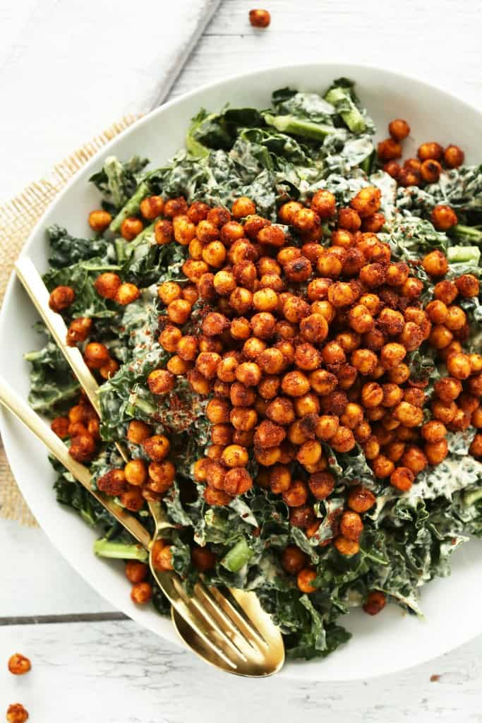 vegan lunch recipes - garlicky kale salad with crispy chickpeas
