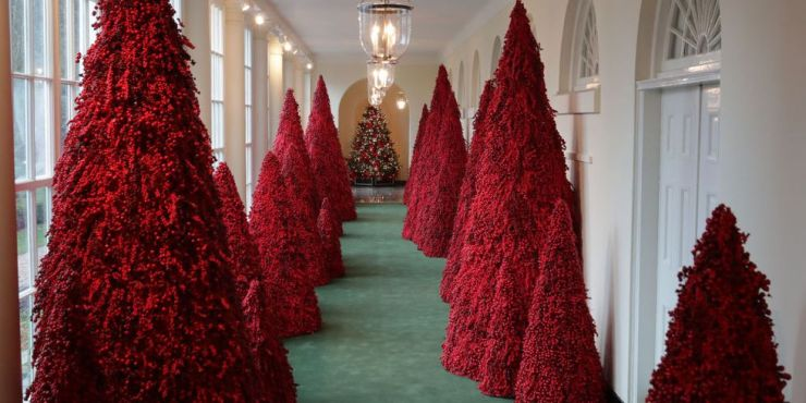 more-than-40-red-topiary-trees-line-the-east-colonnade-as-news-photo-1072575374-1543258554