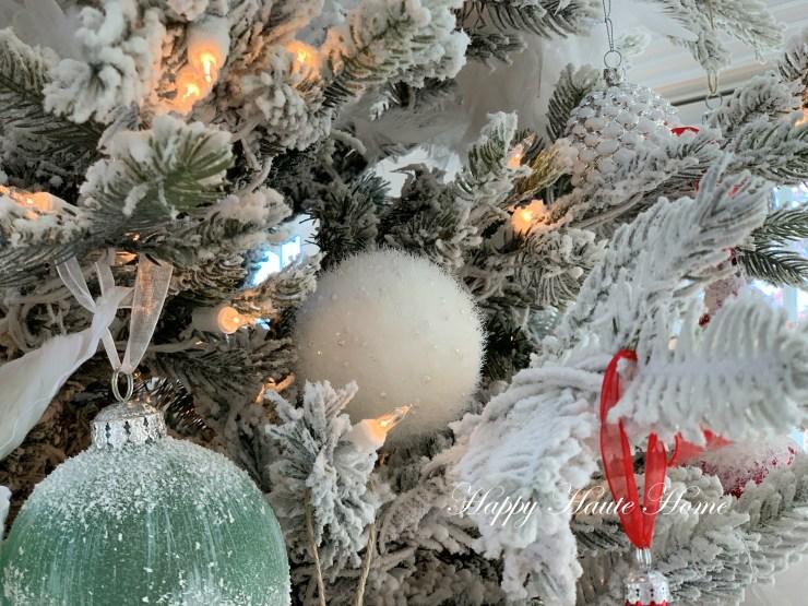 Sunroom Christmas Tree-2