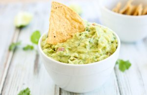 Perfect Guacamole for football game entertaining