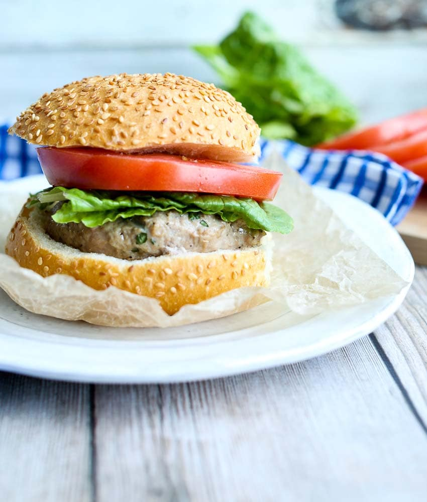 Mozzarella Stuffed Turkey Burgers with tomato and lettuce #turkeyburger #summer #grilling #healthy #recipes #healthyrecipes
