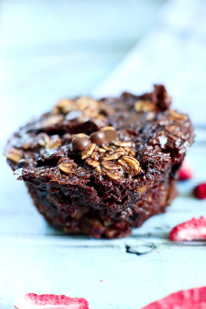 Double Chocolate Strawberry Baked Oatmeal Muffin Cups healthy and delicious. One bowl recipe