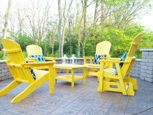 How To Spruce Up Your Outdoor Space for Spring and Summer---get tips, tricks, and inspiration on how to spring clean your outdoor spaces!