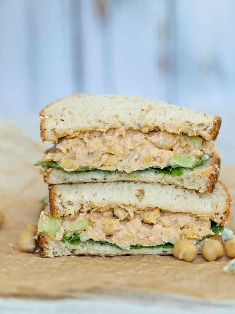 Buffalo-chickpea-salad-sandwich