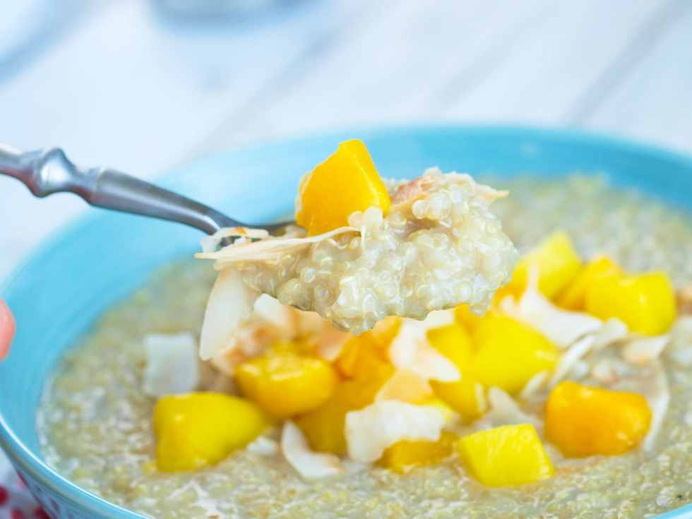 The BEST recipe for creamy tropical breakfast quinoa