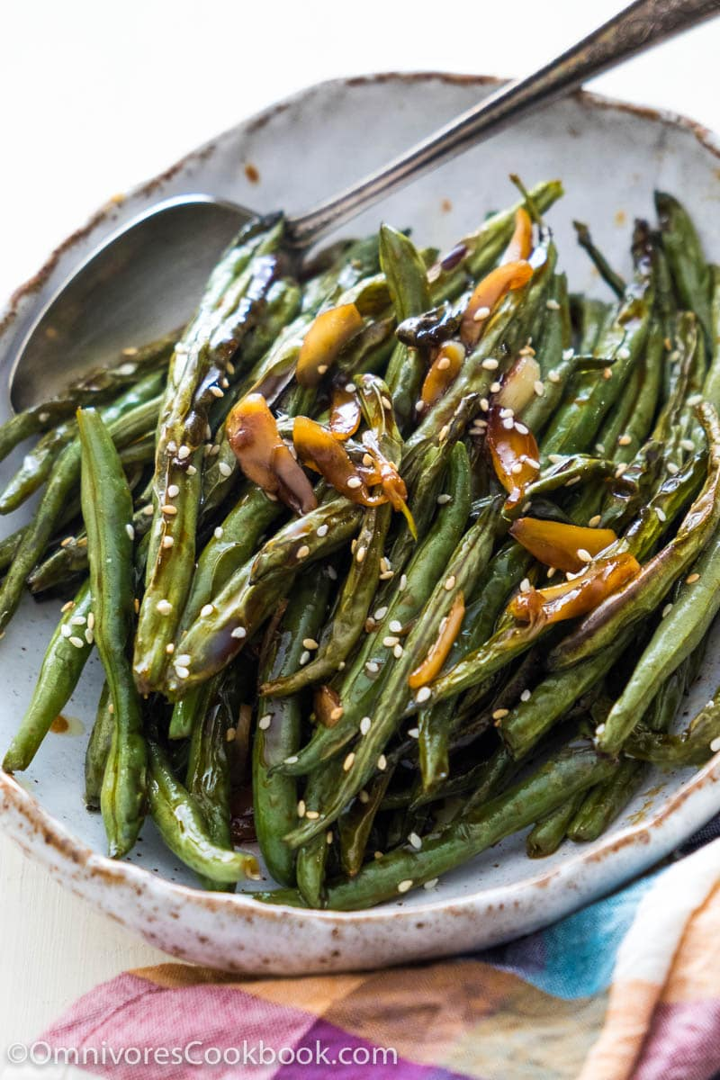 Green Bean Recipes--oven roasted green beans with garlic soy glaze