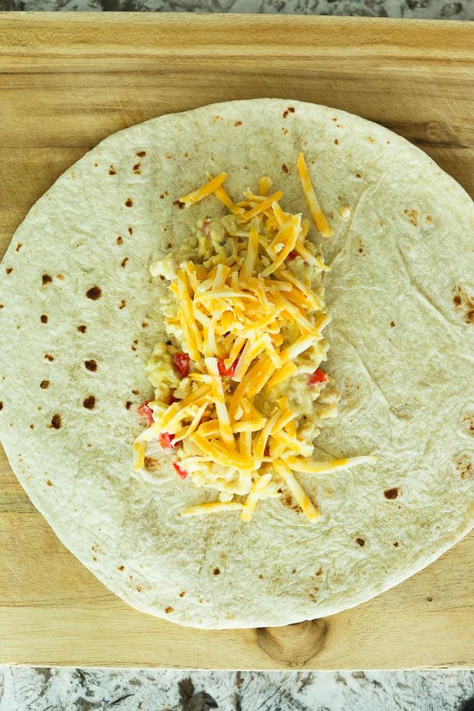 How to make breakfast burritos to freeze