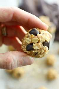Peanut Butter chocolate Chip energy balls recipe