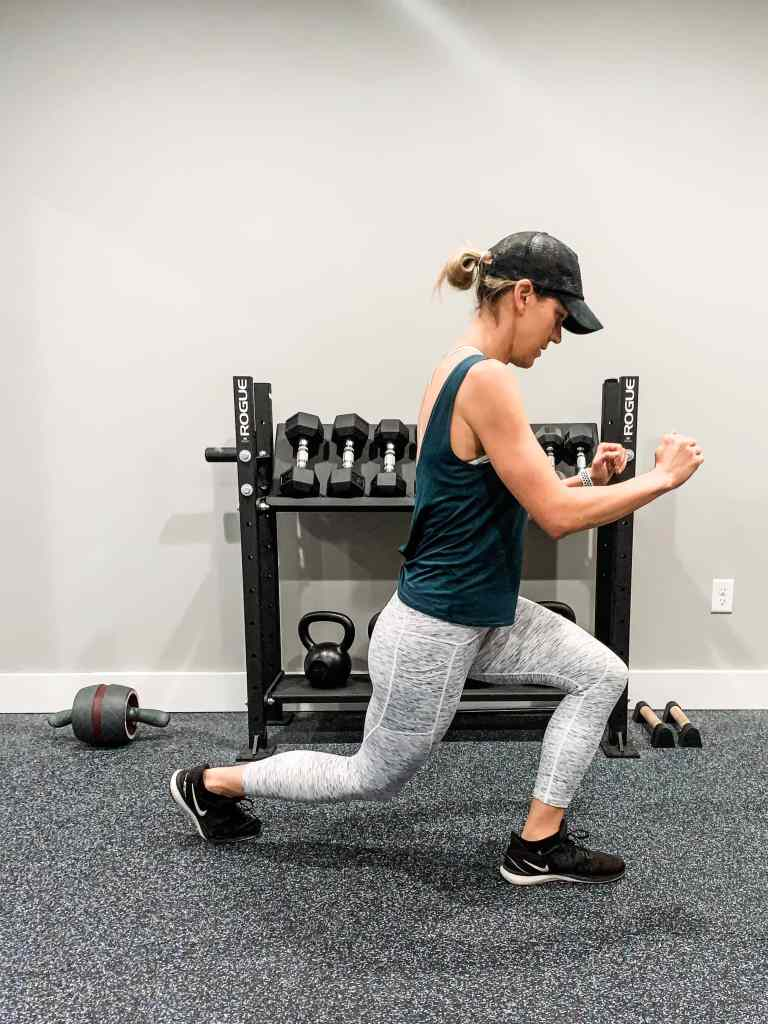 demonstrating cross behind lunges