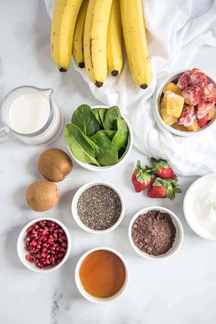 ingredients for Acia Christmas Smoothie Bowl Recipe
