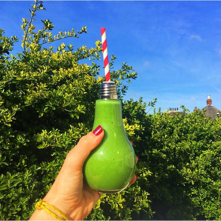 Smoothie Saturday Green smoothie