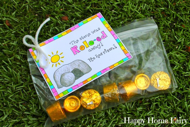 FREE Printable Easter Treat Tag at Happy Home Fairy.jpg