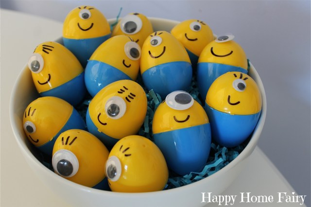 how to make minion eggs for Easter! couldn't be easier! and so cute!