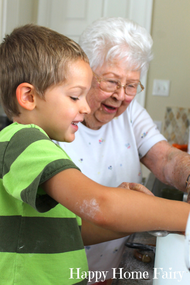 baking with grandmommy 6.jpg