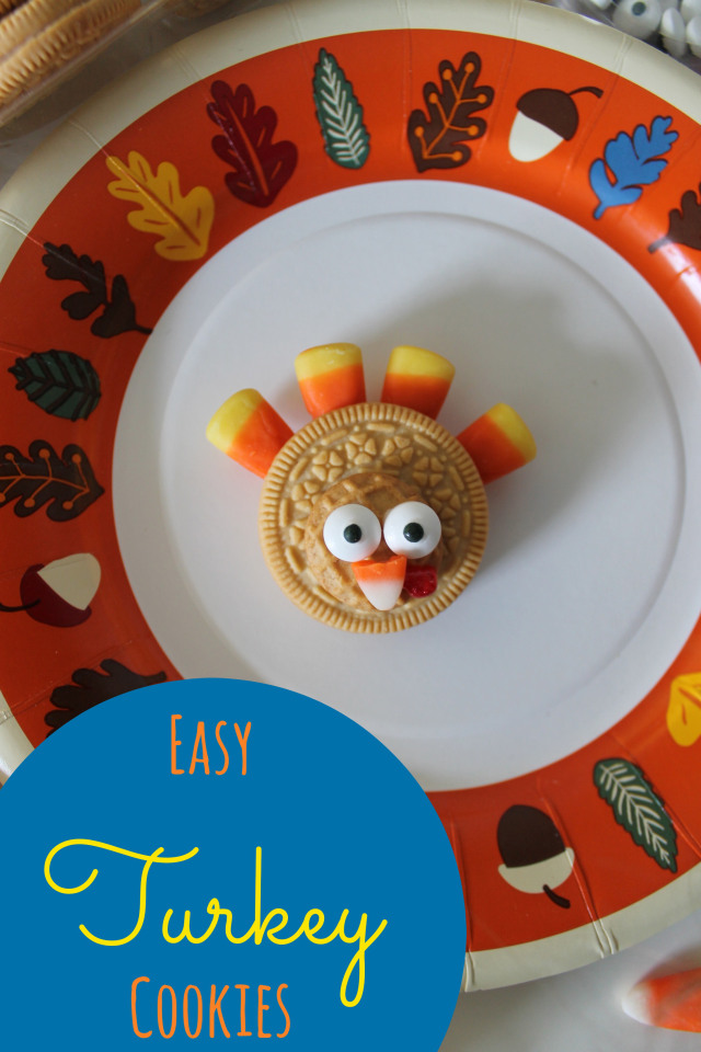 turkey cookies - so cute and easy for Thanksgiving! The kids will have fun putting these together.