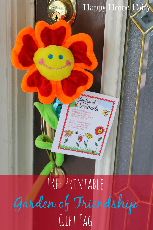 garden of friendship - a free printable tag with adorable poem about friendship! attach to a bouquet of flowers and deliver to a friend! love this!.jpg