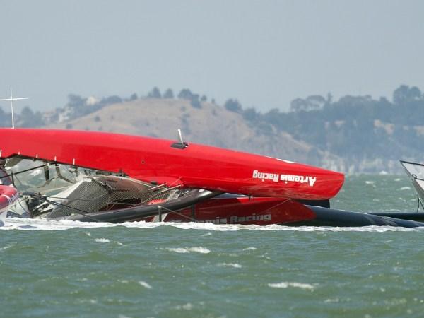 americas-cup-capsized-boat-sailing.jpeg4-1280x960