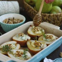 Baked Pears with Gorgonzola
