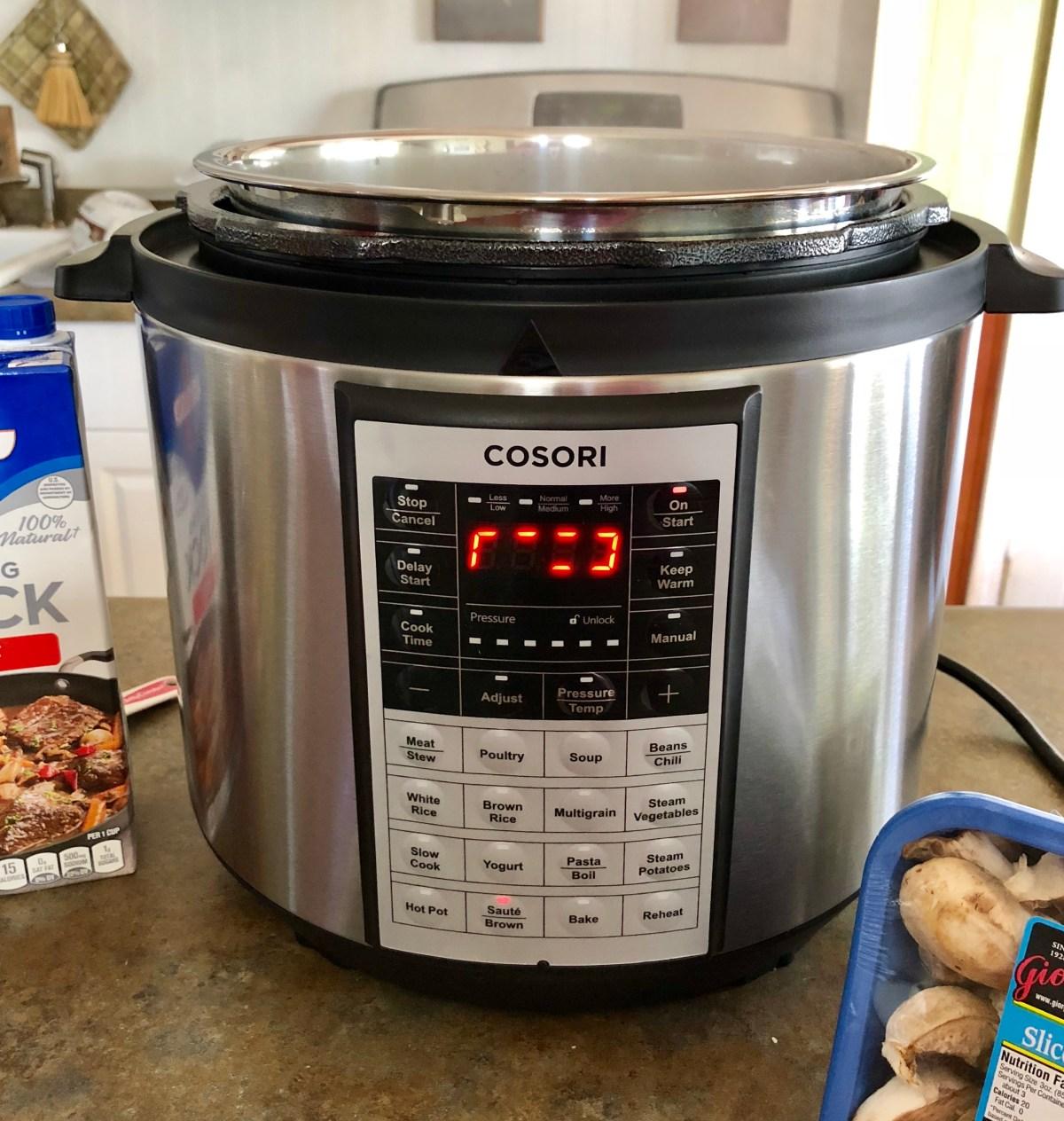 Pressure Cooker Beef Tips by Happylifeblogspot.com #pressurecookerrecipes #instantpotrecipes #dinnerrecipes #beefrecipes #beeftips