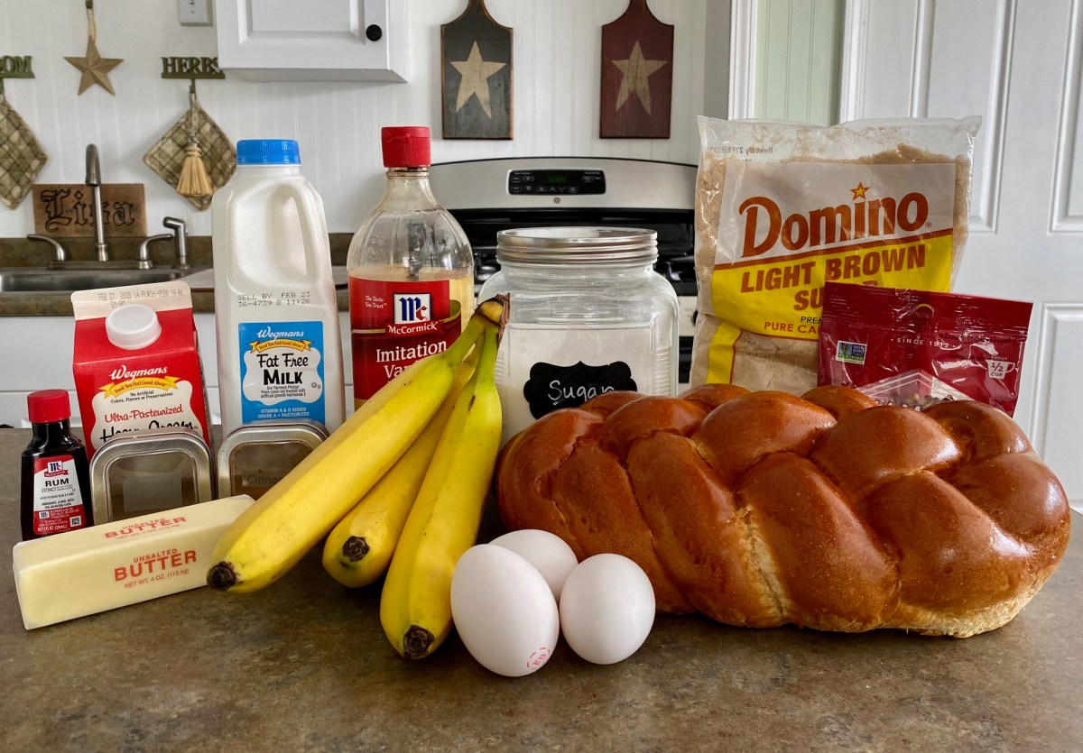 Bananas Foster French Toast Bake ingredients list. #bananasfosterfrenchtoast #neworleansfood #neworleansrecipes #frenchtoast #brunchrecipes #brunchcasserole