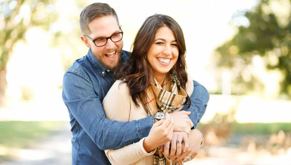 10 osvědčených tipů jak sbalit holku, které fungují