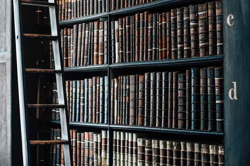 Proč kupovat knihy online a kde je koupíte nejlevněji