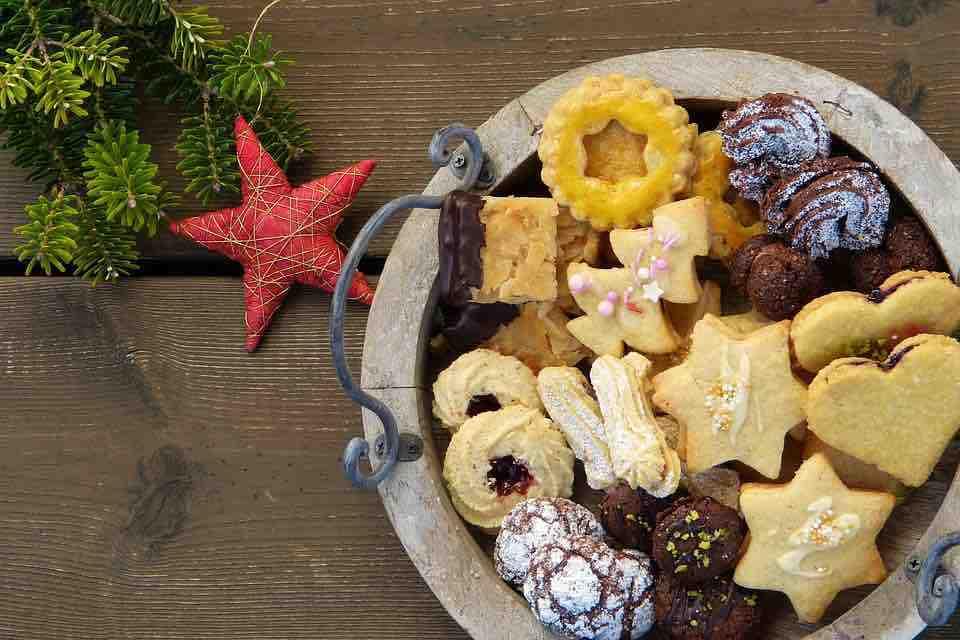 17 receptů na zdravé vánoční cukroví, po kterém nepřiberete ani gram